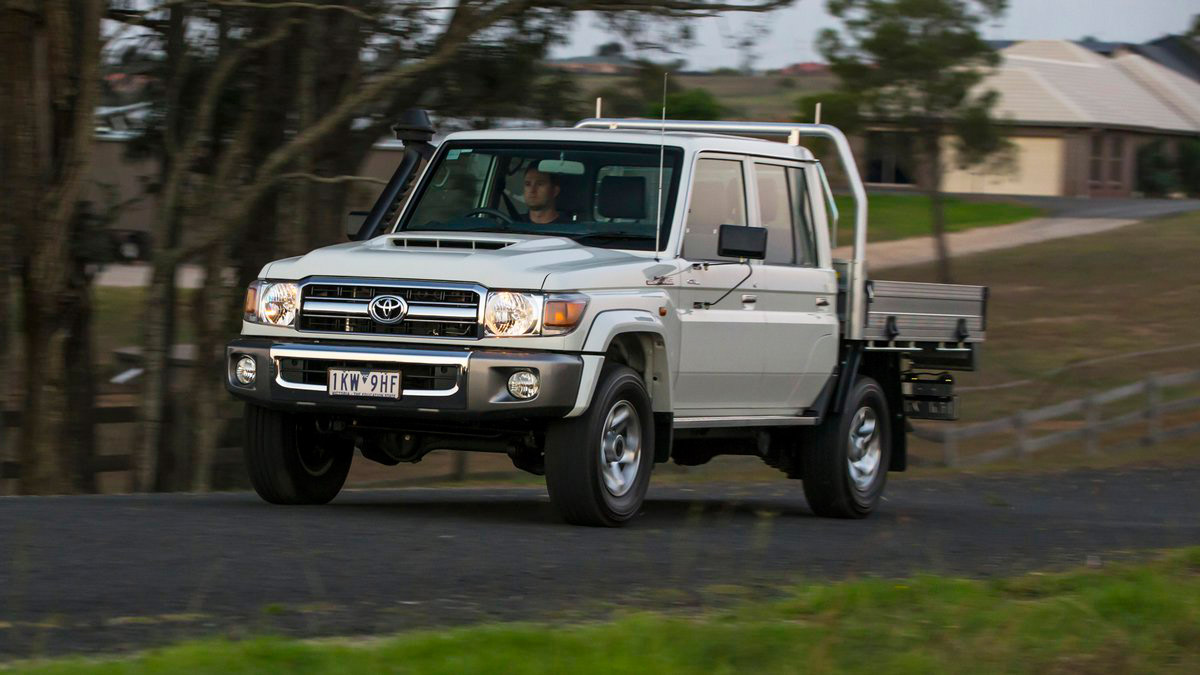 Toyota Land Cruiser 70 >> Intersport Id The Biggest Autosport Platform In Indonesia
